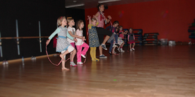 KEEP FIT - Oostrozebeke - Kinderdans